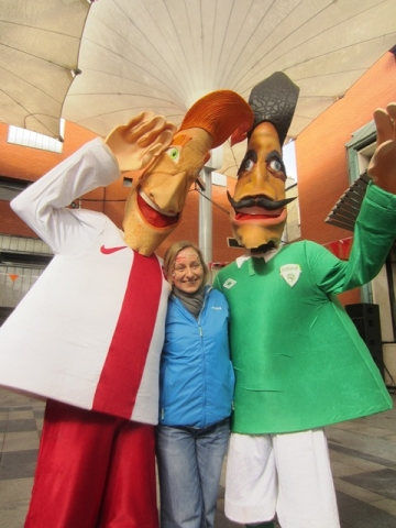 Footbal themed entertainers. Street entertainers Ireland, Sports theme entertainers,  walkabout for sports