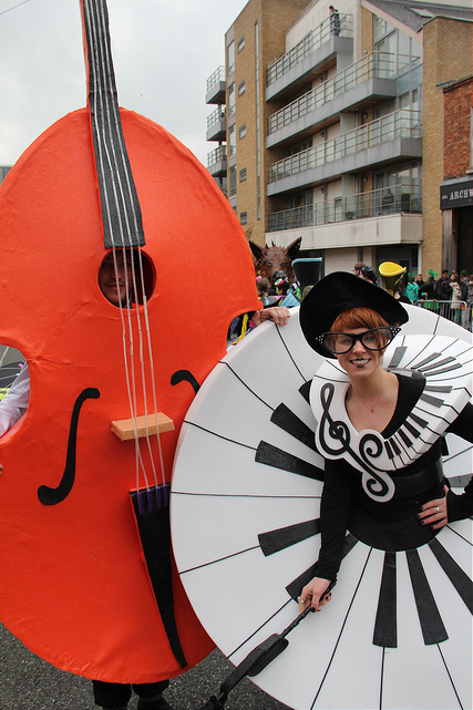 Music themed performers, street entertainers, double bass costume