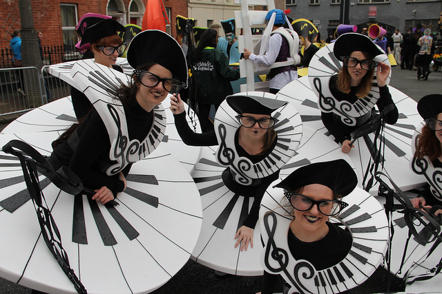 Music themed performers, street entertainers, piano costumes