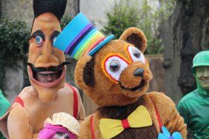 Teddy bear picnic themed entertainer